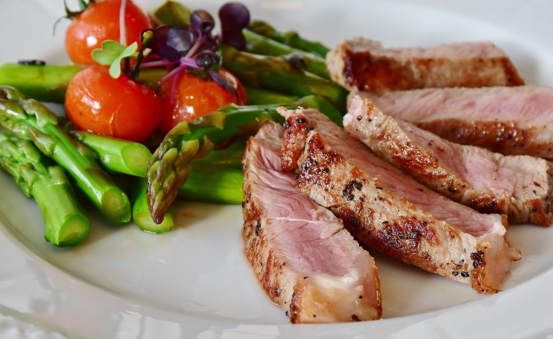 Asparagus steak veal steak veal 361184